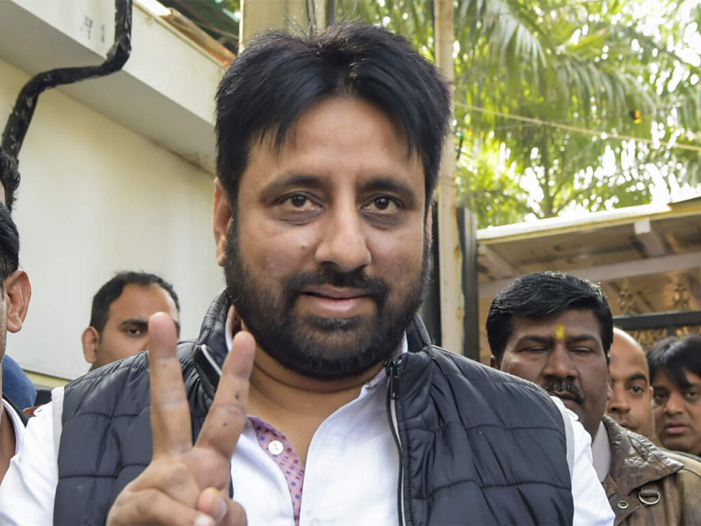 My Bharat News - Article bjp slams aap mla amanatullah khan for his tweet asks assembly panel for action against him