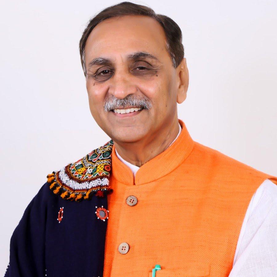 गुजरात में BJP का बड़ा उलटफेर, मुख्यमंत्री विजय रुपाणी ने दिया इस्तीफा